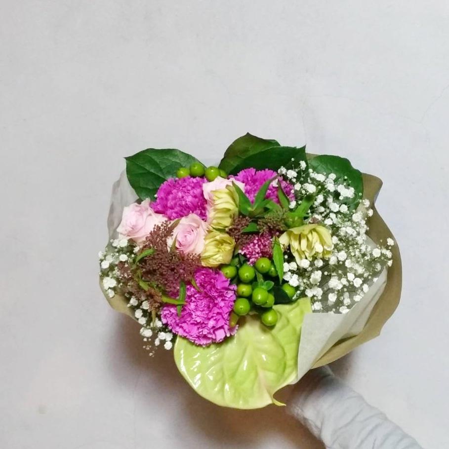 お赤飯から始まり花束で終えた誕生日